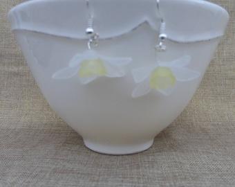White Daffodil earrings
