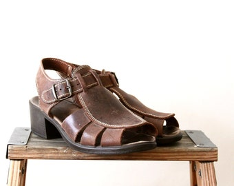 90s sandals - brown leather cage sandal - cut out - boho shoes - 6.5 - 7
