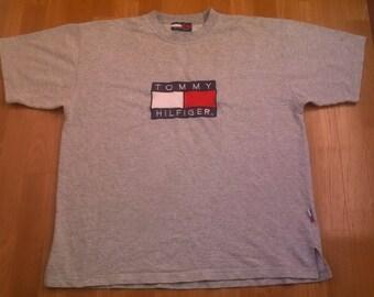 Tommy Hilfiger t-shirt, vintage gray Tommy shirt of 90s hip-hop clothing, 1990s hip hop, old school, OG, gangsta rap, size XL