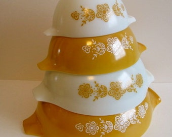 reserved for Jackie..Beautiful Pyrex Butterfly Gold/White Nesting Cinderella Bowl Set