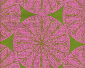 1/2 yd. garthwaite medallion, pink (victoria & albert)