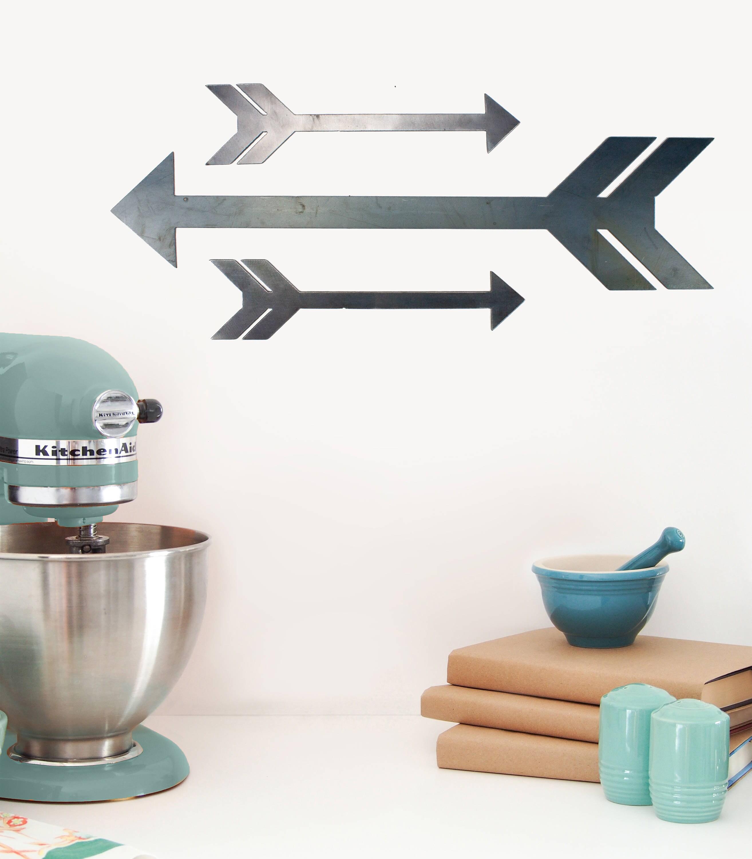 Metall-Pfeil-Dekor Bauernhausdekor rustikale Küche Zeichen