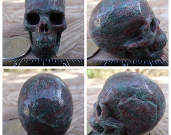 "1.98"" Garnet in Matrix Skull 4.3oz 121.3g Realistic Hand Carved Handmade Crystal Healing Magick Metaphysical Reiki Wicca Green Red SK2112"