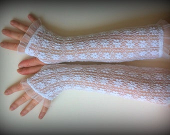 White long lace fingerless gloves