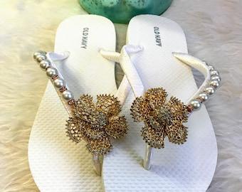 Bridal Flip Flops, Wedding Flip Flops, Pearls Gift Bridal Flip Flop,