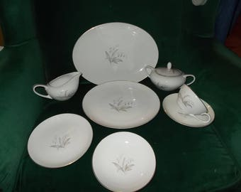 Kaysons Golden Rhapsody Fine China Dinnerware Set Vintage China Dinnerware Service For Four 24 Piece Set