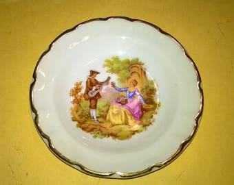527) small porcelain plate from Limoges France