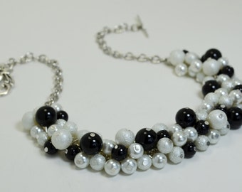 Black and white cluster necklace, pearl bridal necklace, chunky necklace, wedding jewelry, white bridesmaid necklace, black pearl jewelry