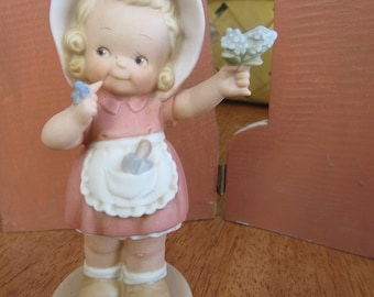"""FREE Shipping in USA Vintage 1996 Enesco S0106 Figurine Memories of Yesterday """"Forget Me Not""""  2473"""