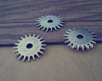20pcs Antique silver gear  pendant  charm 17mm