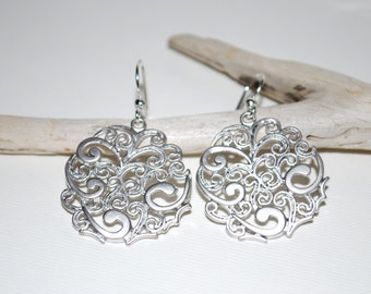 Silver earrings, filigree earrings, round filigree earrings, wedding jewelry, gift