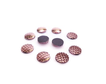 Cabochons 12 mm x 4 pink scales