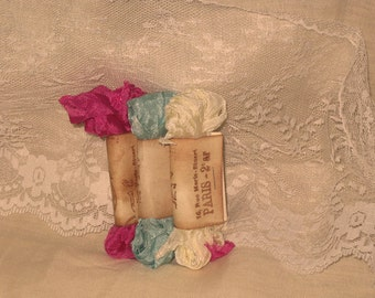 Scrunched Seam Binding ribbon, Crinkled Seam Binding Package  Sex in the City ECS