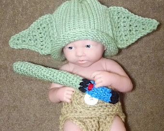 Newborn Yoda Outfit with Light Saber Baby Yoda Outfit newborn crochet outfit baby boy star wars newboro yoda photo prop  yoda hat