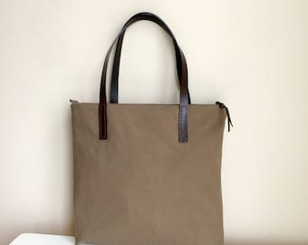 Brown Canvas Tote Bag,Brown Canvas Leather Strap Bag,Brown Canvas Shoulder Bag,Canvas Tote,Zippered Handbag,Brown Tote Bag,Brown Leather Bag