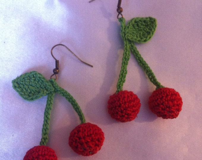 Pair of cotton cherries earrings