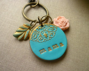 Personalized Keychain for Mom, Custom Keychain, Mama Gift, Grandmother Gift, Mother's Day , keyring, monogram, women keychain, teacher gift