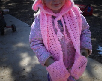 Crocheted Hooded Scarf With Pockets