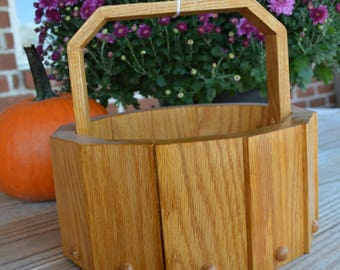 Solid oak stationary handle Harvest Basket with birds mouth joinery