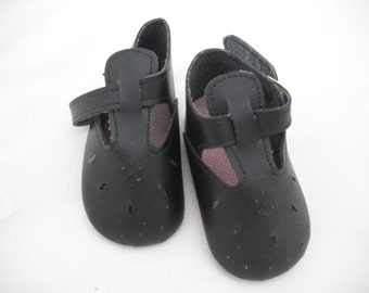 70 mm Black punch hole doll shoes with Buckle Fastening    Code 281/4