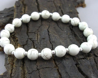 Bracelet Cream Howlithperlen and silver plated balls beads