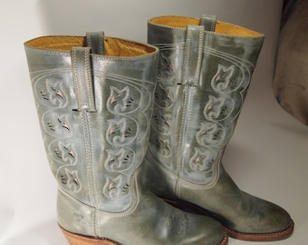 Turquoise USA FRYE cowboy boots.