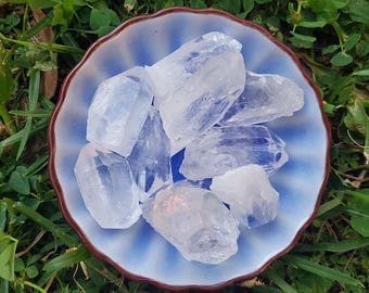 Raw Natural Clear Quartz Crystal Points Medium size 100g