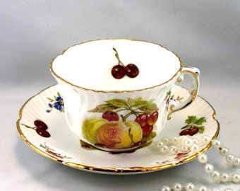 Hammersley Teacup & Saucer, Fruit Pattern on White Background, Gold Rims, Bone English China made in 1960s