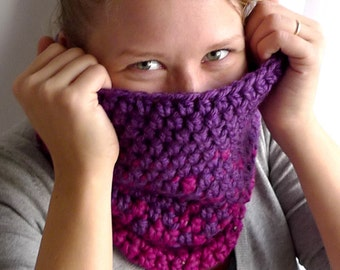 Chunky Cowl, Wool Scarf, Hood Scarf, Tube Scarf, Bohemian Scarf, Winter Accessories, Crochet Cowl -  Purple Magenta Ombre Gradient