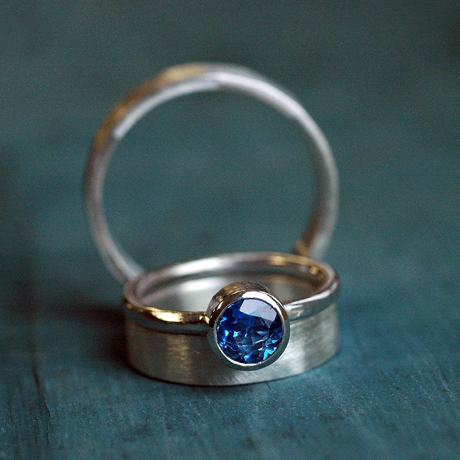 earth cut ring products jewelry stone rare three with blue wedding emerald set accents sapphire engagement white