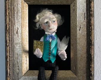 Mark Twain-sculpted figure/doll in shadowbox