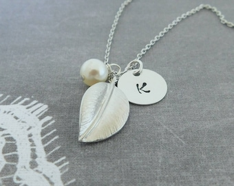 Silver Leaf Necklace, Initial Necklace, Personalized Necklace, Pearl Necklace, Woodland Necklace, Gift for her, Bridesmaids Necklace,