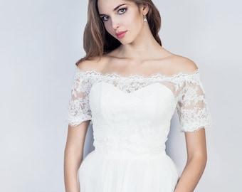 Off shoulder wedding lace bolero