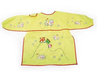 Child apron patterns yellow plastic cows / apron for kindergarten, painting or crafting
