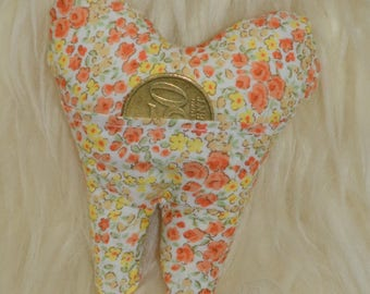 Dent to the teeth for the little mouse or the liberty Orange tooth fairy cushion