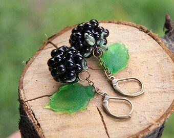 Blackberries lampwork earrings, glass berry earrings, berry earrings, nature earrings, fruit earrings, dark red and green earrings