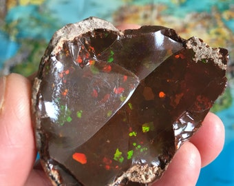 Rare Natural very large Opal , Mezezo , Ethiopia , gorgeous , full of colors , 525 ct