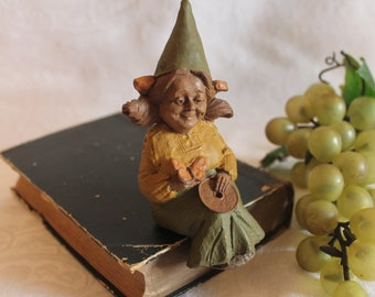 1987 Tom Clark Gnome Shelf Sitting Figurine titled Gypsy - Excellent Condition
