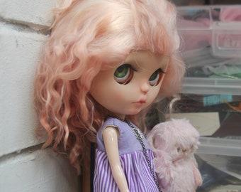 Availible blythe doll wig bjs goat hair DIY