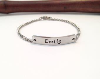 Personalized bar bracelet, Name bracelet, ID bracelet, Gift for daughter, Gift for mom, Birthday Gift, Bridesmaid gift,  Gift