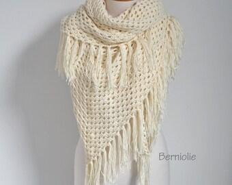 Lace crochet shawl, stole, Creme, Cotton, N306