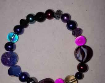 Multi colored bead stretch bracelet