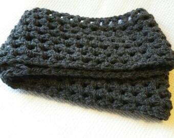 Crochet Bulky infinity scarf