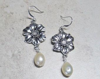 Silver Flower Charm Earrings, Ivory Cultured Pearl Dangle Earrings, Pearl Earrings, Tropical Flower Silver Earrings,Beach Bride's Earrings