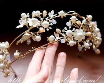 Bridal boho Birdie and flower crown, floral bridal headdress, wedding hair vine, bridal flower crown, boho headband, Gold Flower Vine
