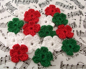 Crochet Red, White and Green Flowers