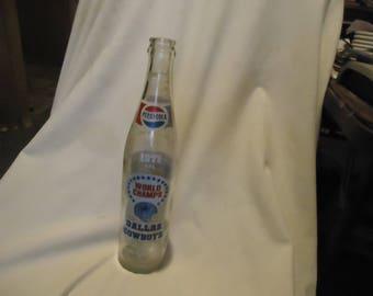 Vintage 1971 Dallas Cowboys World Champs Pepsi Cola 16 oz Bottle, collectable