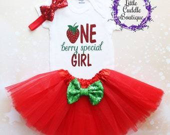 Strawberry First Birthday Outfit, One Berry Special Girl Outfit, Baby Girl Gift, Red Tutu, Baby Girl Outfit, First Birthday Outfit, Baby