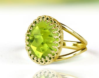 MOTHER'S DAY SALE - Peridot ring,gold ring,solid gold ring,oval ring,August birthstone ring,split band ring,gemstone ring