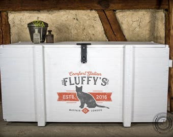 Custom cat litter box trunk - personalized storage for kitty litter and litter pan - customized - vintage style - individual pet name & date